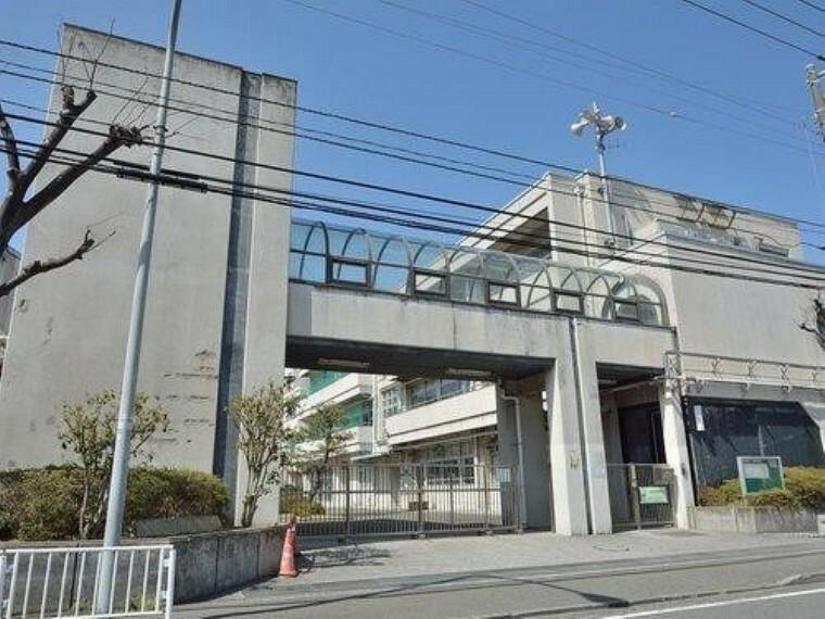 中学校 横浜市立岡野中学校