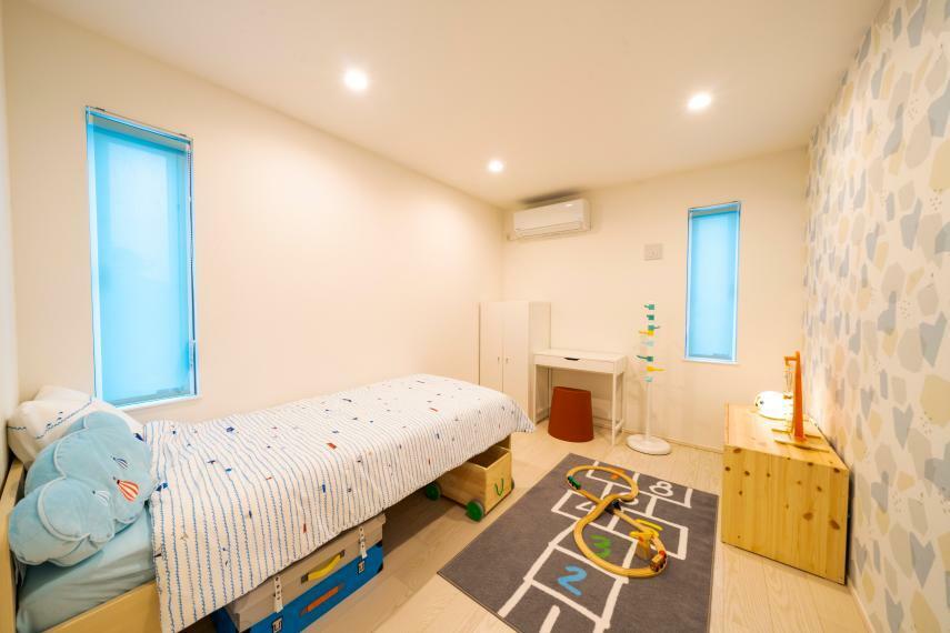 子供部屋 洋室6.1帖が2部屋あります! 子供部屋としても書斎や趣味の部屋としてご利用できます!
