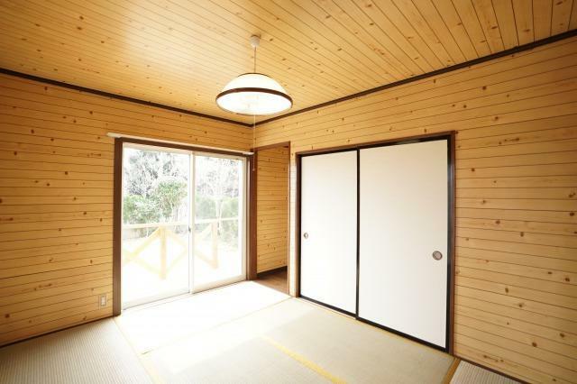 和室 1階6帖の和室!畳交換してます!