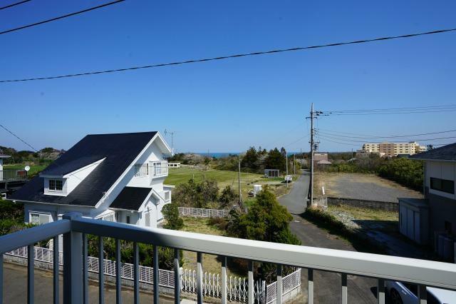 眺望 2階から海が見えます!