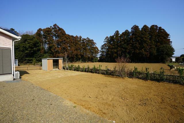 庭 菜園スペース! 物置きあります!