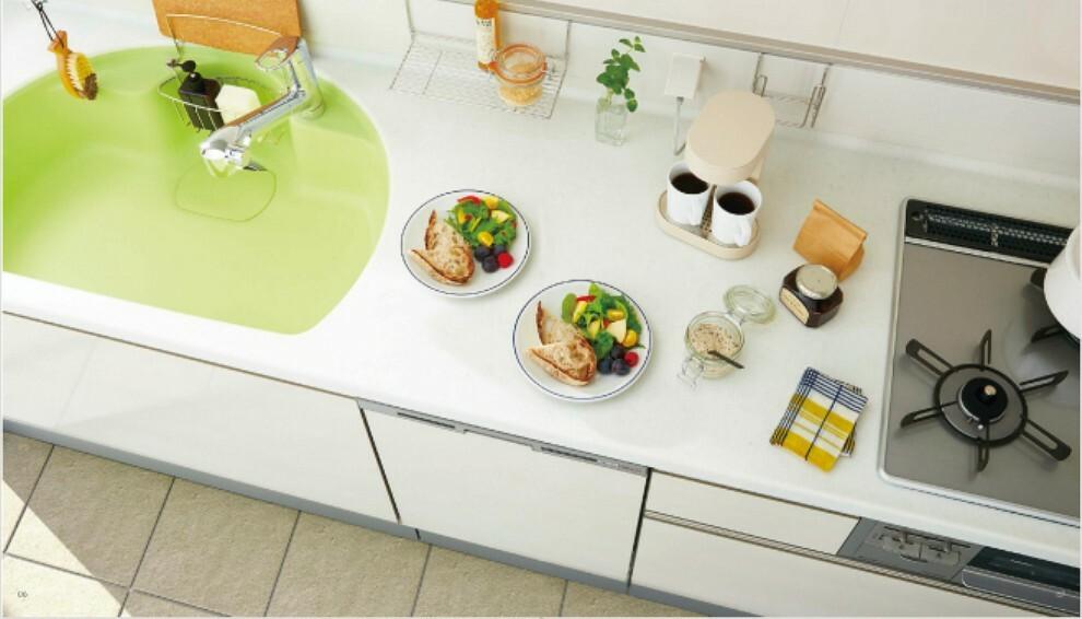 発電・温水設備 【[トクラスBb]キッチン】  使いやすくてスマートに動ける家事が楽しくなるキッチン。多彩な機能で使い勝手が良く日々の暮らしを豊かにしてくれます。