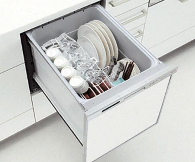 発電・温水設備 【食器洗い乾燥機】  面倒な後片付けをサポートするビルドインタイプの食器洗い乾燥機。