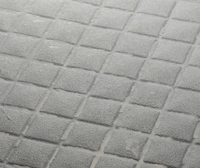発電・温水設備 【キレイサーモフロア】  汚れの原因となる皮脂汚れ(油分)が落としやすい特殊な表面処理加工と、スポンジが溝の奥まで届く床面状により、浴室の床掃除の手間を減らします。