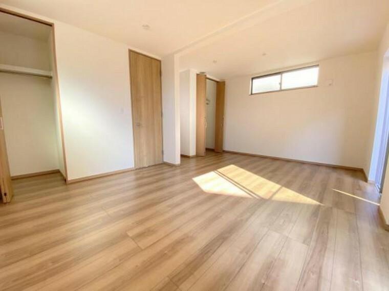 将来お子様の成長に合わせて間取り変更可能な2ドア1ルームのお部屋!