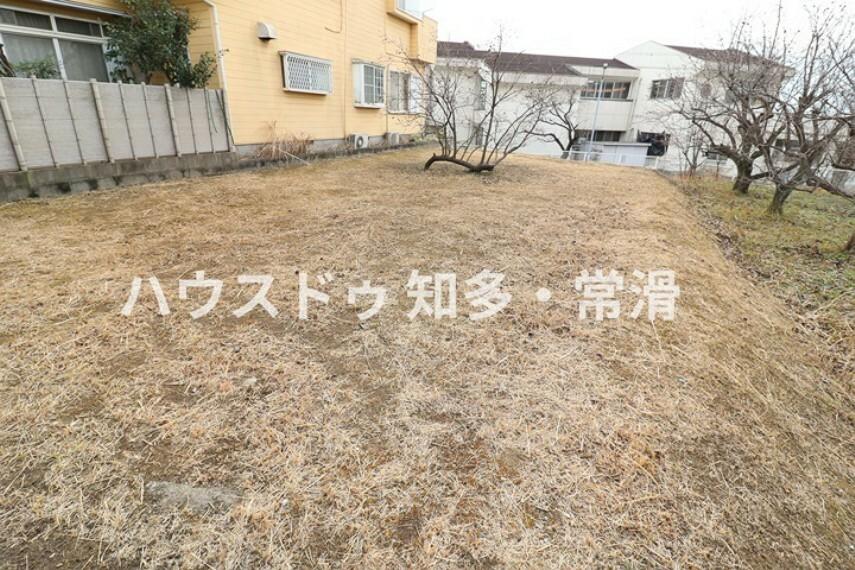 外観・現況 新知小学校まで徒歩13分(約1000m)