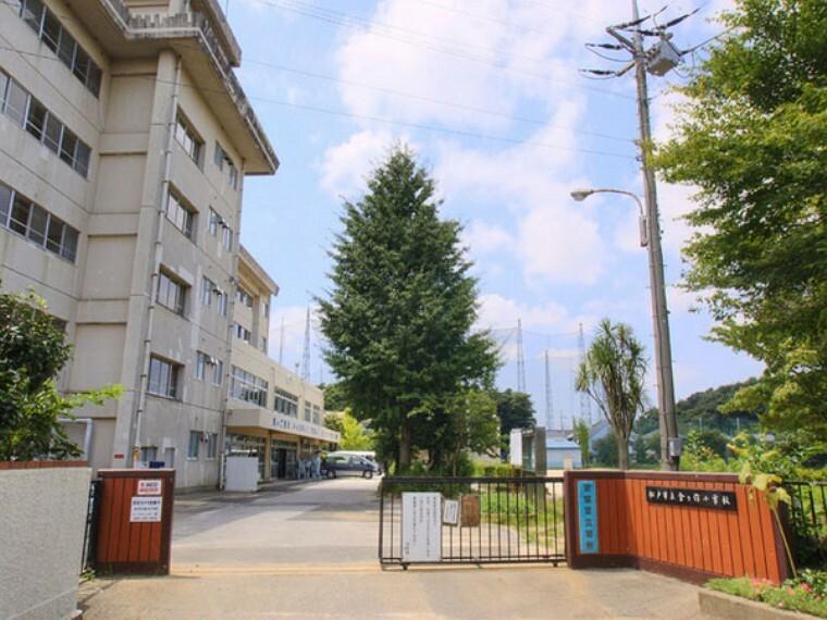 小学校 松戸市立金ケ作小学校