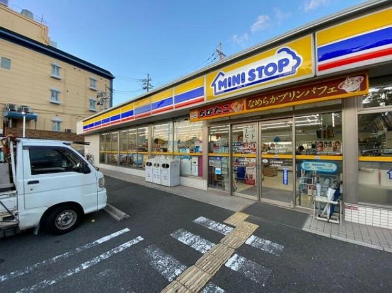 コンビニ ミニストップ 枚方山之上西町店