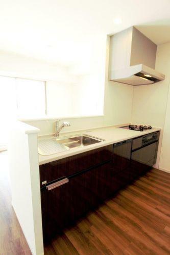 キッチン 食洗器付きで家事が楽になります