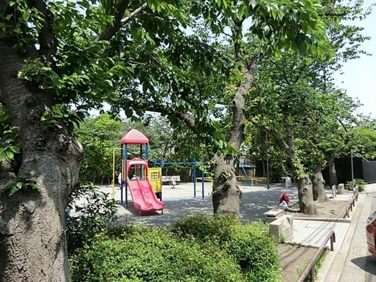 公園 森六丁目公園