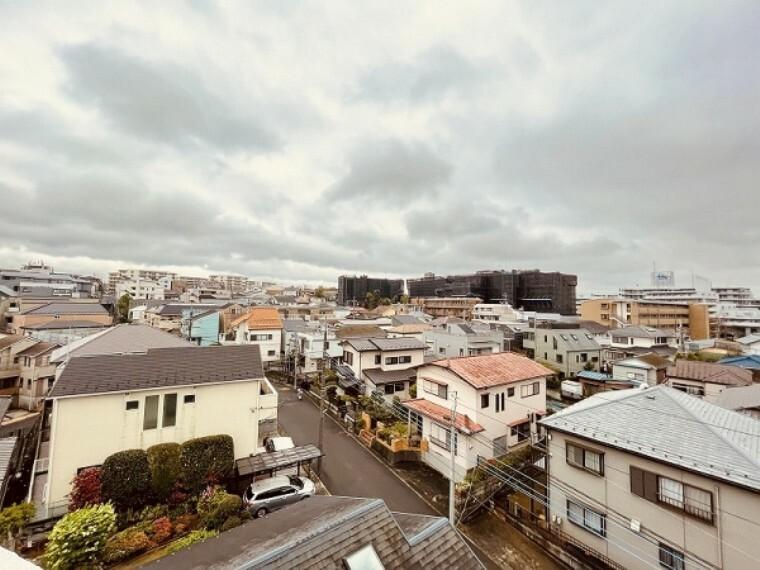 眺望 どこまでも気持ち良く広がる空のある景色が独り占めできます。最上階の特権ですね!