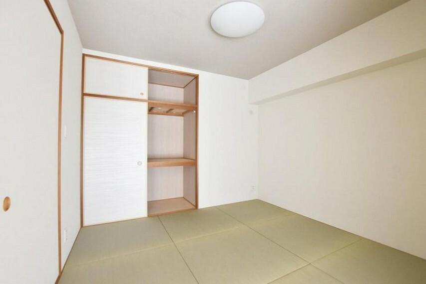 和室 【和室】リビングと一体使いでき、子育てにも便利な2Way和室のある住まいです。