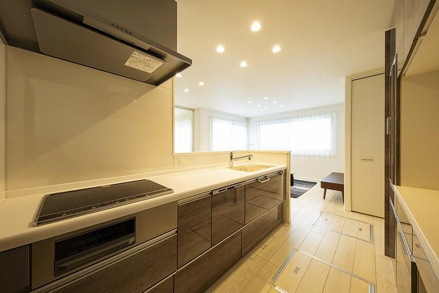 キッチン No.92_キッチン(撮影_2021年2月)食器棚・食洗機・浄水器を完備!