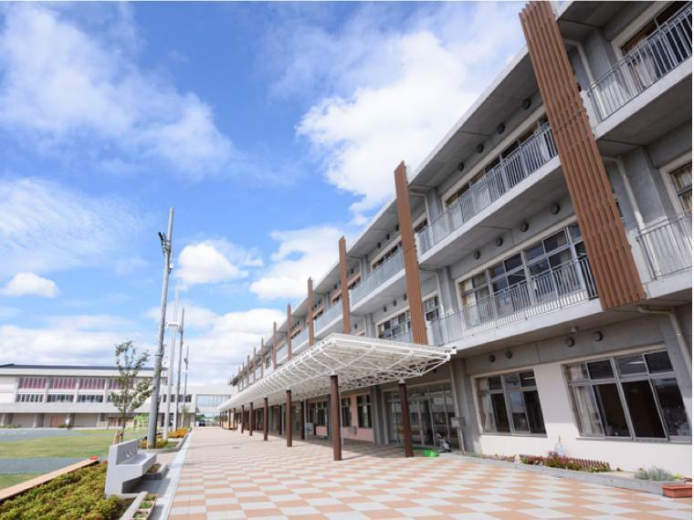 小学校 さいたま市立美園北小学校学区 少し歩きますが、周辺静かで勉強に集中できる環境です