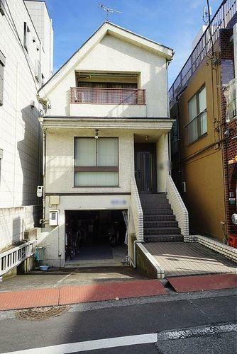 現況写真 有楽町線、副都心線が利用できる「千川」駅まで徒歩7分。利便性のよい住環境で販売された売地です。