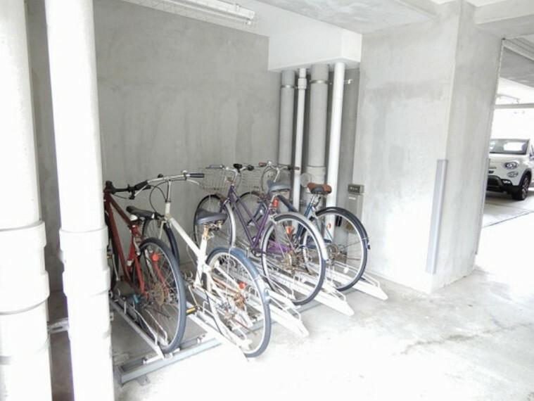 駐輪場 マンション敷地内に駐輪スペースがあります(空き状況についてはお問い合わせください)