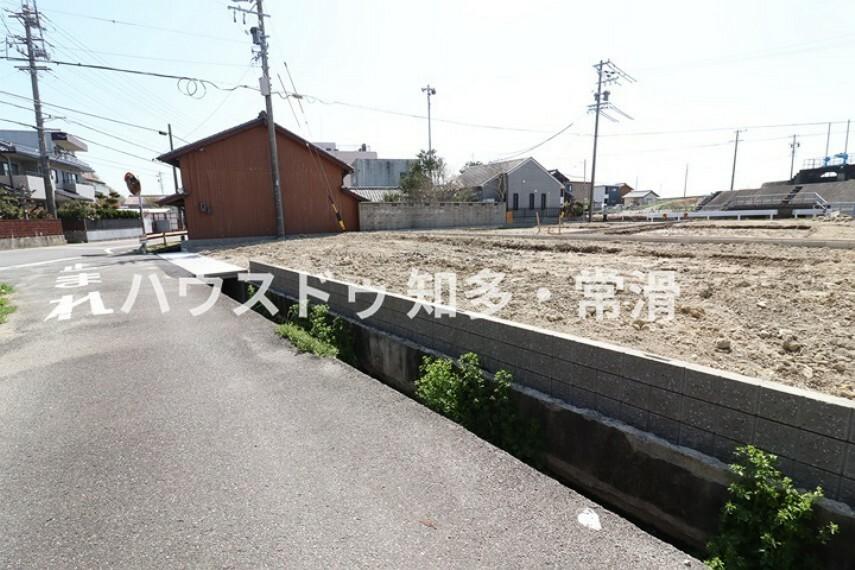 現況外観写真 常滑市立小鈴谷児童館まで徒歩9分(約650m)