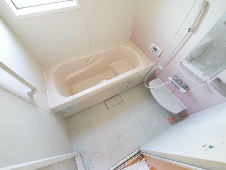 浴室 1坪以上広さを設けた浴室でゆったりバスタイム