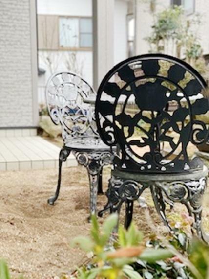 庭 庭のchair