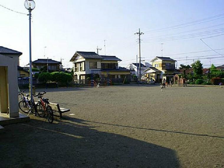 下町公園・・・埼玉県鴻巣市にある下町公園はすべりだいやチェーンクライマーなどを設置する公園です。