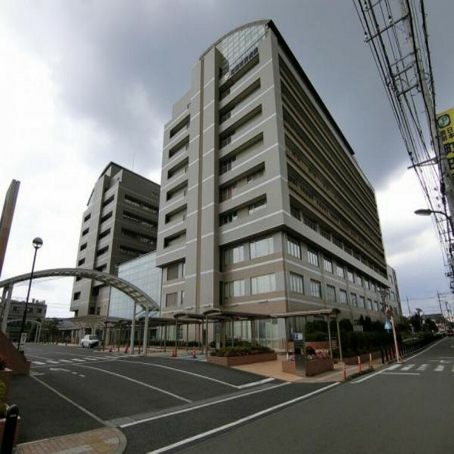 病院 町田市民病院まで約887m