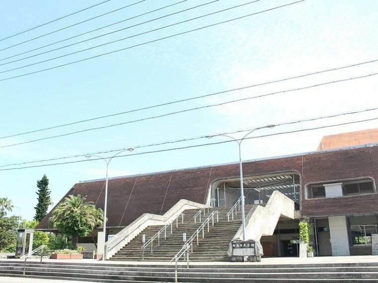 周辺の街並み 那覇市民会館
