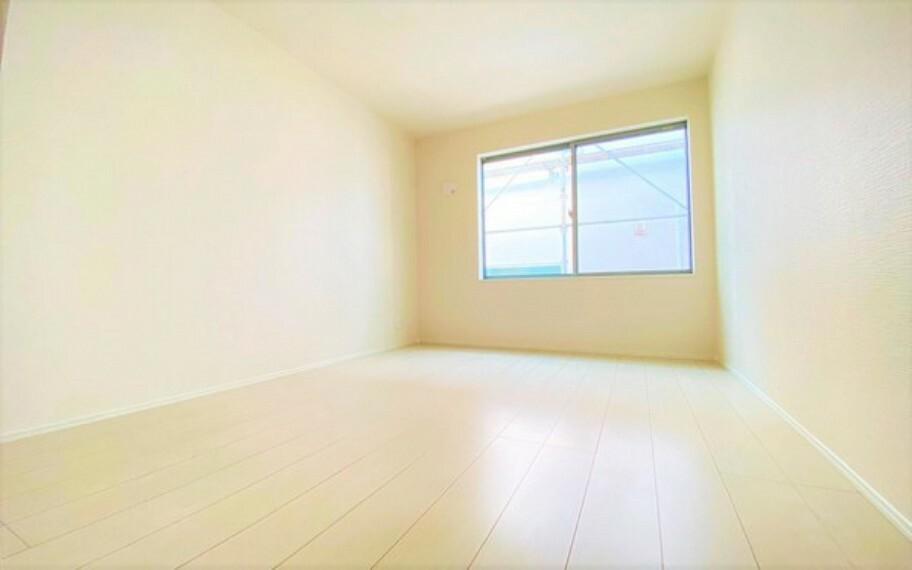 洋室 日当たりが良く、風通しも良い、気持ちの良い洋室。