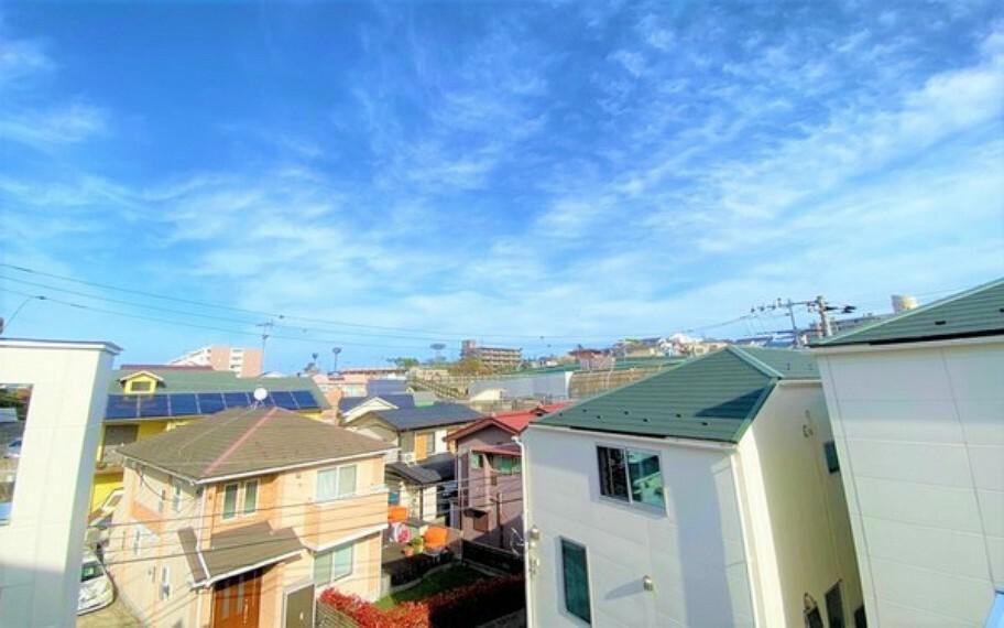 眺望 「空」×「光」×「風」。開放感を具現化したような現地は、まさに「永住の地」としての選択肢です。