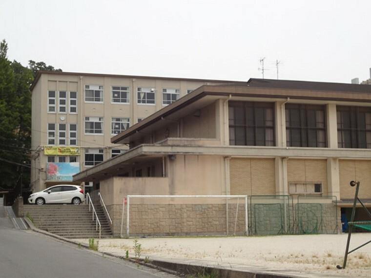 中学校 京都市立衣笠中学校