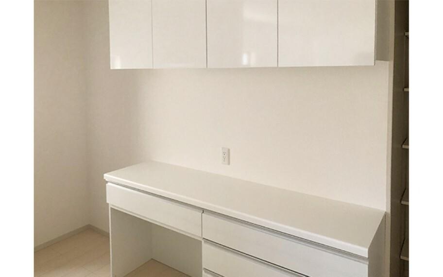 キッチン 現地写真:カップボード(2号棟)