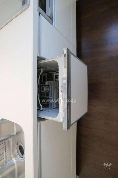 キッチン 食器洗浄乾燥機付きなので調理後のお片付けの手間も少なく済みます。