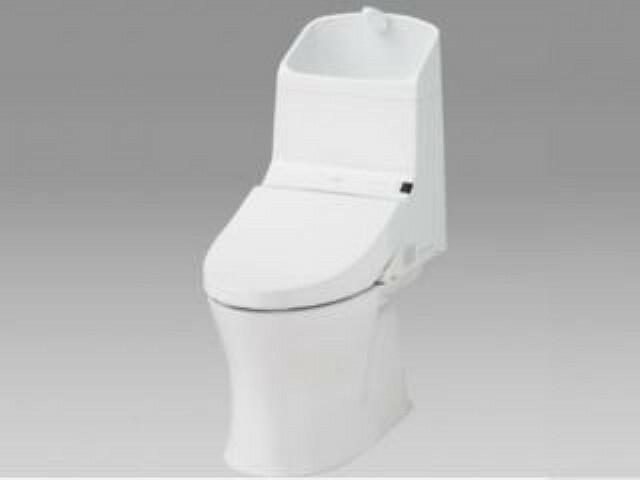トイレ 【同仕様写真】トイレはTOTO製の温水洗浄機能付きに新品交換します。表面は凹凸がないため汚れが付きにくく、継ぎ目のない形状でお手入れが簡単です。節水機能付きなのでお財布にも優しいですね。※企画は変更になる場合があります。