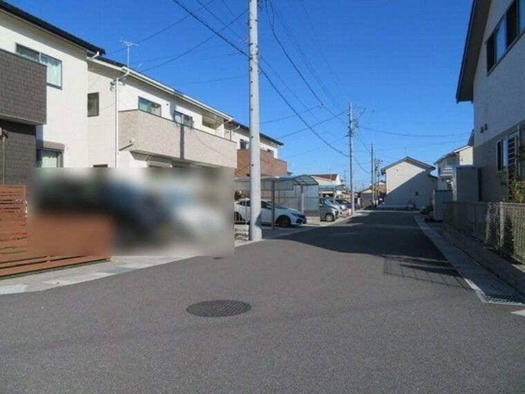 現況写真 前面道路は6mで駐車も楽々