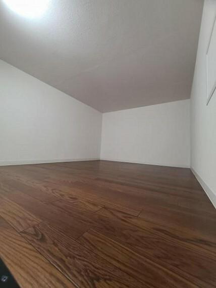 収納 収納が豊富でいつでもお部屋がすっきりと片付きますね!