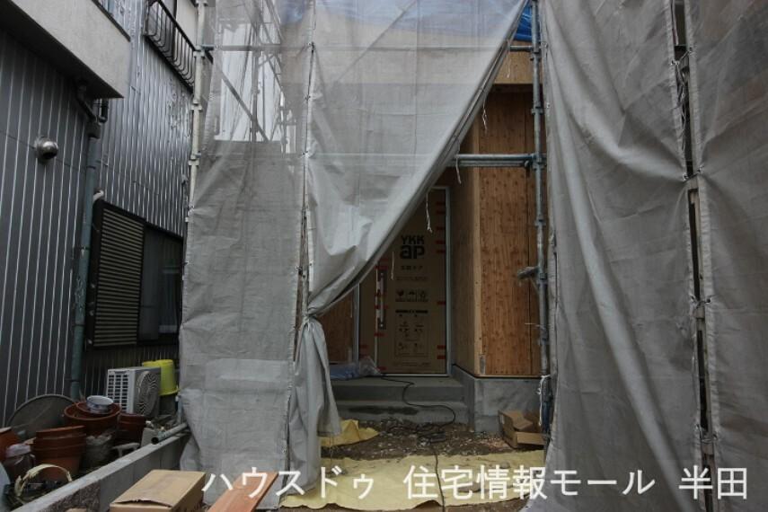 外観・現況 【建築過程】 2021年3月3日撮影
