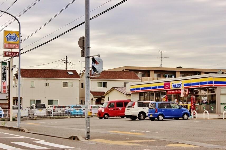 コンビニ ミニストップ西島店