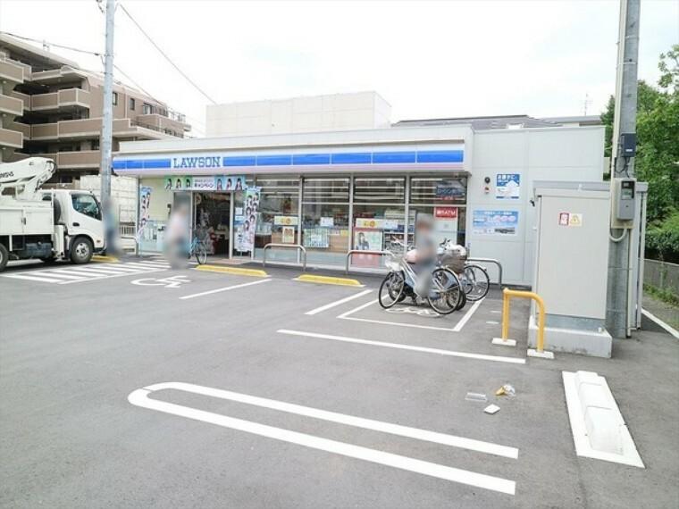 コンビニ ローソン 志木ニュータウン店