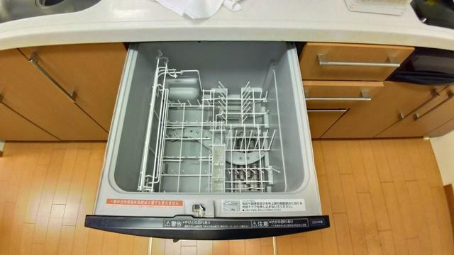 キッチン システムキッチンには食洗器も付いてます。