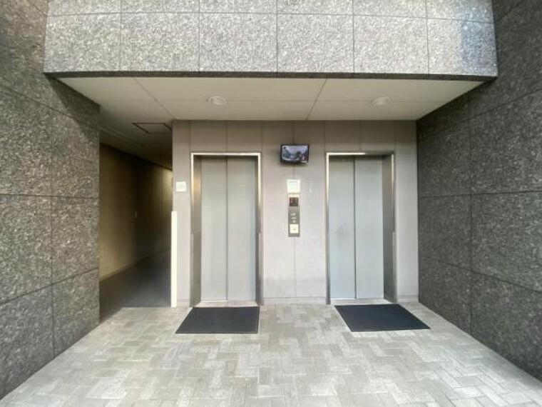 マンション内駐輪場エレベーター。