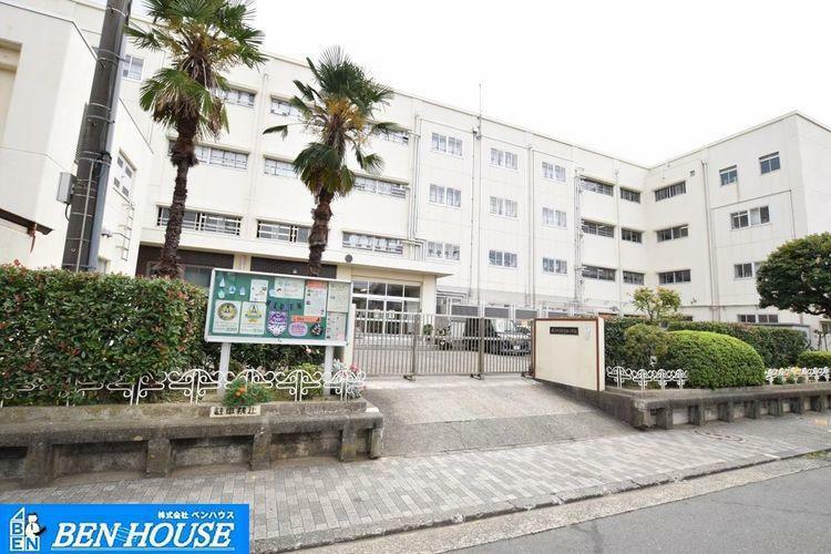 小学校 横浜市立 新吉田小学校 徒歩14分。
