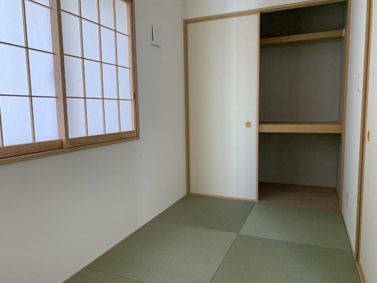 収納 和室の収納もたっぷり お客様用の布団やかさばる五月人形・雛人形も楽々収納できます
