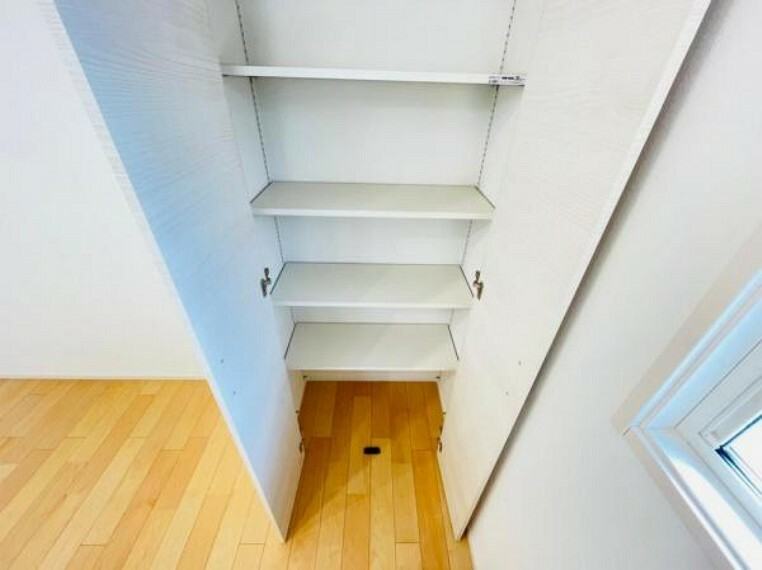 収納 (収納)食材や日用品などのストックを保管するのに便利な収納!
