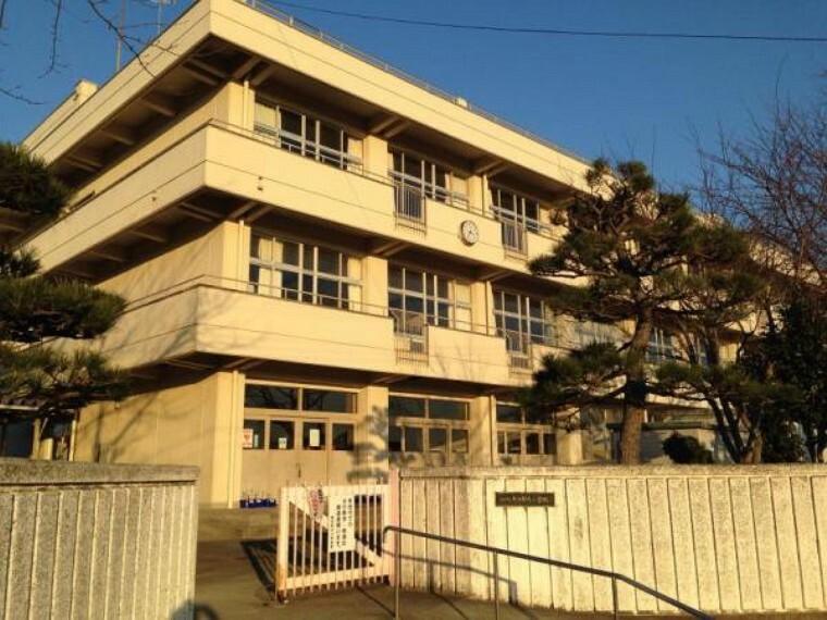 小学校 東四郎丸小学校まで650m(徒歩8分)