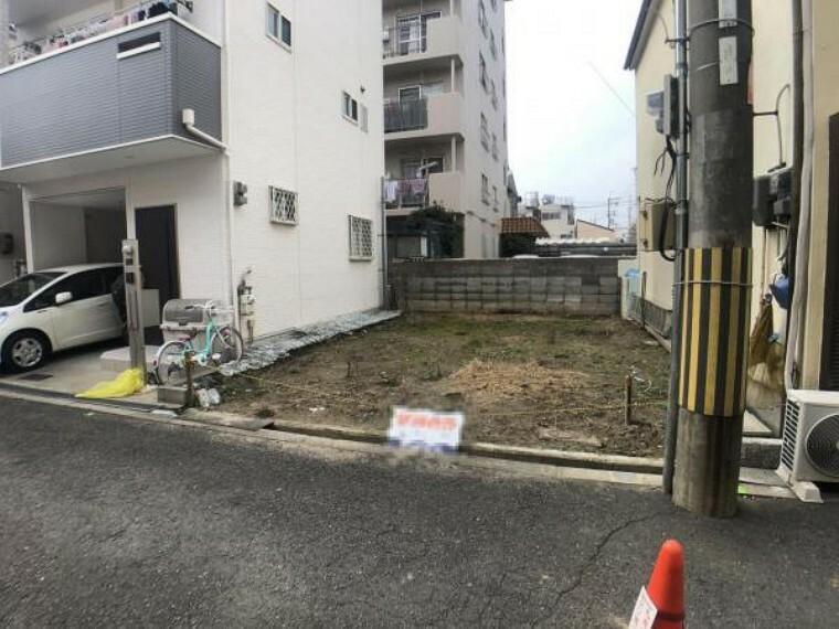 現況外観写真 阪急「十三」駅まで徒歩16分、JR東海道本線「塚本」駅まで徒歩19分で駅まで近くありませんが、4沿線利用出来る立地です