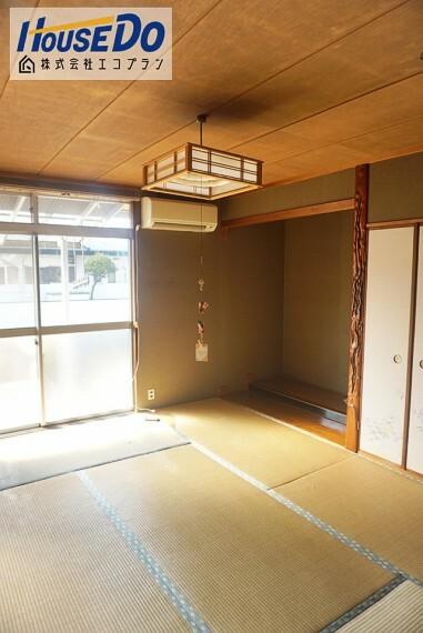 和室 部屋数たっぷり5部屋です  お子様部屋や主寝室、リビングや収納など生活スタイルに合わせて思い思いの使い方ができますね!