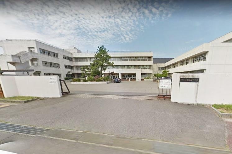 中学校 新潟市立亀田西中学校