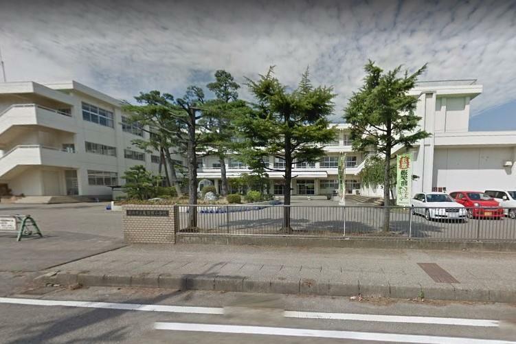 小学校 新潟市立亀田西小学校
