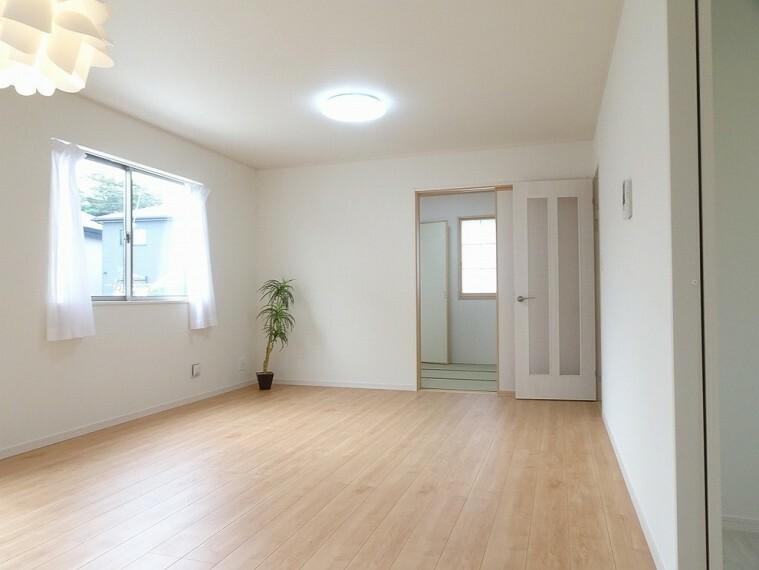 居間・リビング 施工例 LDK お部屋の模様替えを考えるのも楽しみになりますね