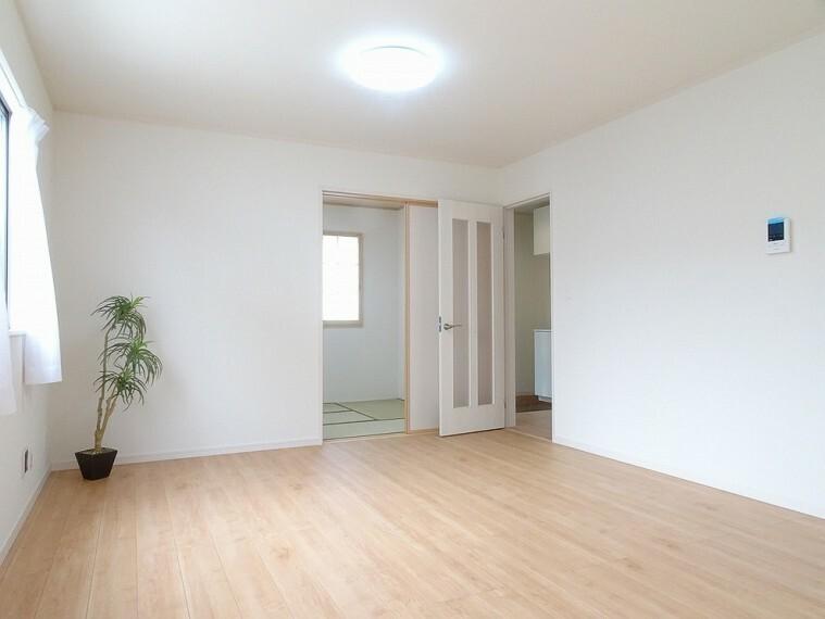 居間・リビング 施工例 LDK+洋室を合わせると広々としたお部屋になります