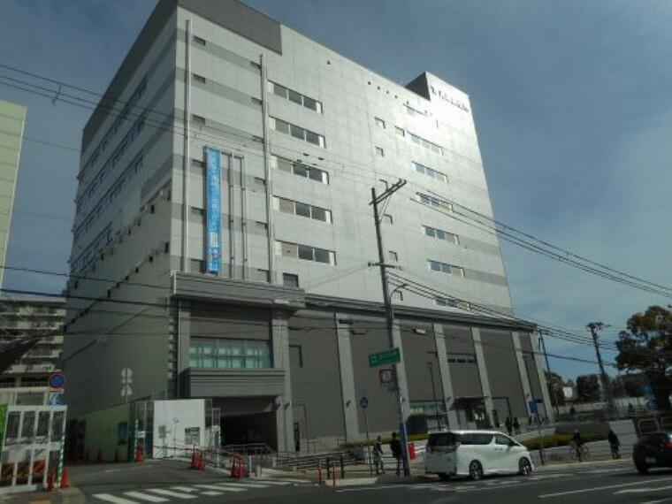 役所 【市役所・区役所】兵庫区役所まで410m